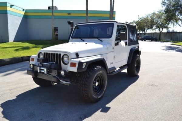 2002-jeep-wrangler-se-111